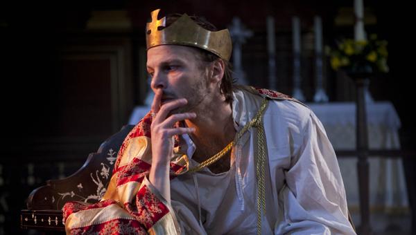 Macbeth-David-Hywel-Bayne